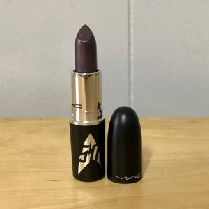 MAC Kling-It-On Lipstick